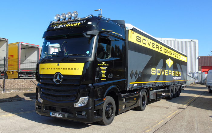 High-Speed Logistics Specialist Chooses Krone For Secure And Flexible Loading.
