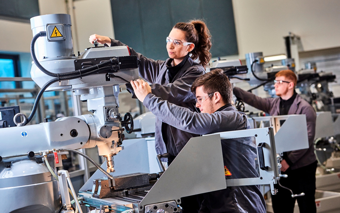 Manufacturing Technology Centre To Offer 200 Apprenticeship Places.